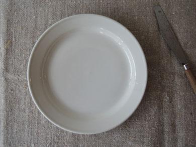 パン皿とナイフ−3