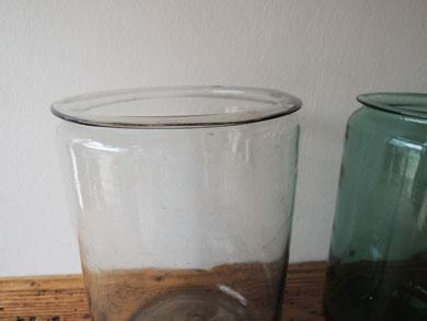 アンティークガラス瓶−3
