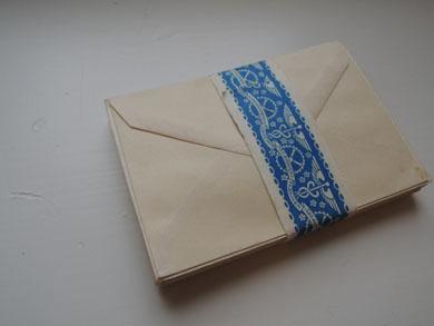 封筒の束-2