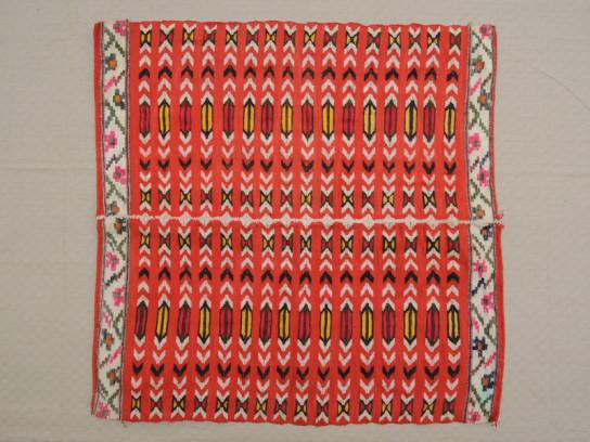 織物(赤)-2