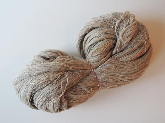 手紡ぎの麻糸-2