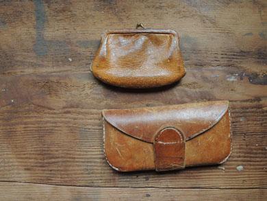 皮財布と眼鏡ケース-1