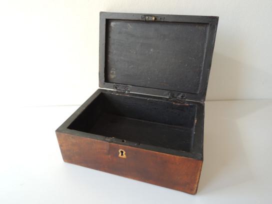 四角い木箱-3