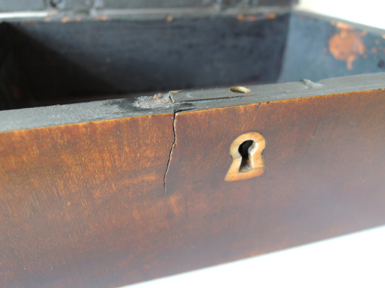 四角い木箱-5
