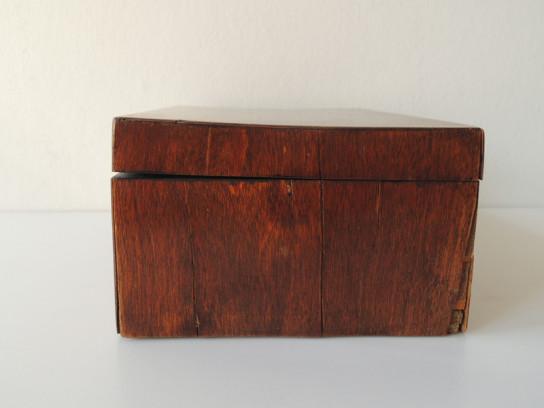四角い木箱-6