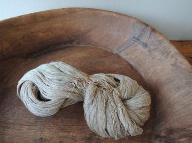 手紡ぎの麻糸