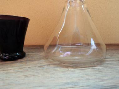 ガラス徳利と酒杯-3