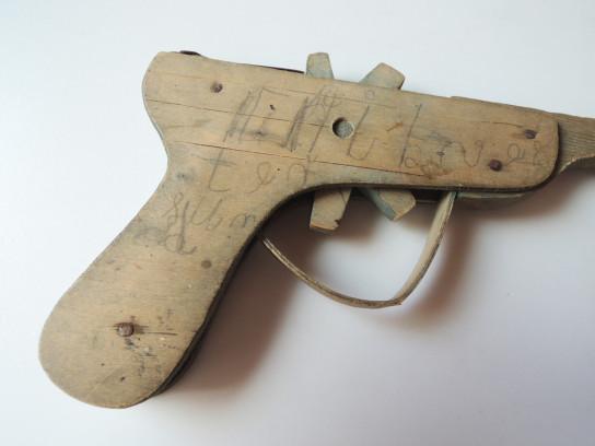 toy_pistol-7