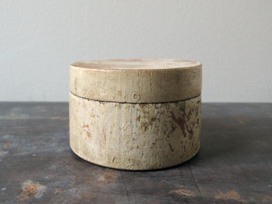 小さな木箱白-1