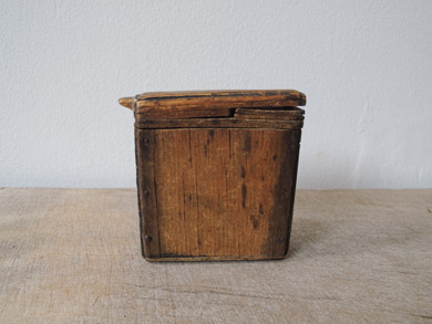 木の小箱-1