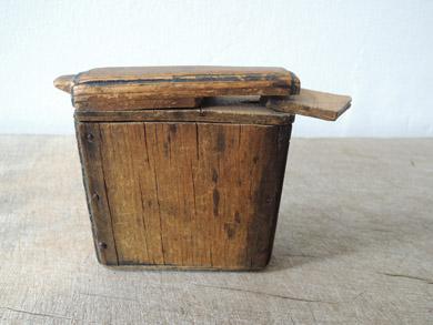 木の小箱-5