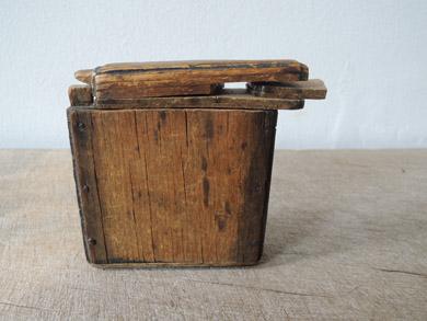 木の小箱-6