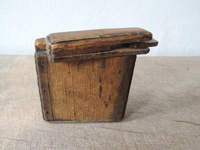 木の小箱-7