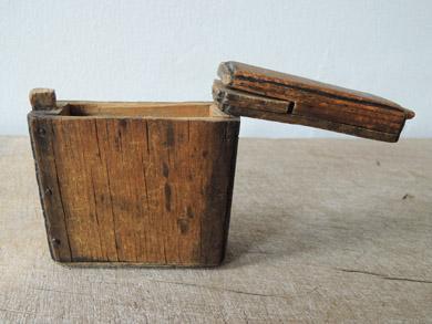 木の小箱-8