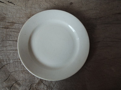白磁パン皿-2