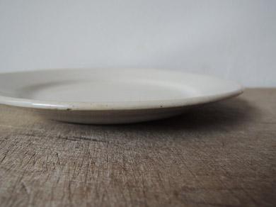 白磁パン皿-4