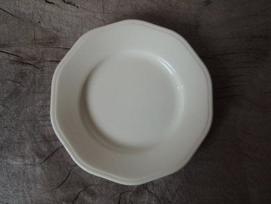 白磁パン皿-6