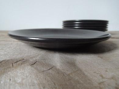 kupittaan_plate_black-2